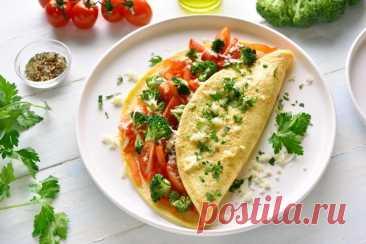 20 рецептов вкуснейшего омлета с помидорами Есть такие блюда, которые никогда не надоедают. Одним из них можно смело назвать омлет с помидорами. Доступные продукты, простое приготовление и вкусный результат — это ли не самое главное? Делимся подборкой из 20 лучших рецептов омлета!