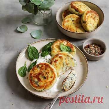Сырники с рикоттой и шпинатом