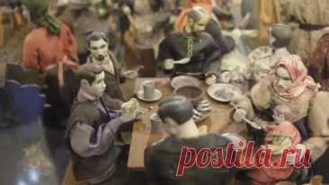 Уникальная коллекция деревянных механических кукол была сделана в начале XX века крестьянином Алексеем Морозовым.