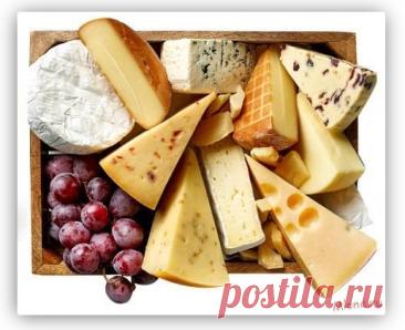 Как работает сырная закваска и что это такое Настоящий сыр делают лишь из молока и специальных ферментов, отвечающих за вкус и цвет готового продукта. Теперь в домашних условиях можно приготовить следующие сорта продукта: быстрые завтраки Российский; Пошехонский; Гауда; Чеддер; Адыгейский; ассорти. Уникальная технология позволяет созревать сыру не 1 месяц, как это было принято раньше, а всего 1-2 суток.