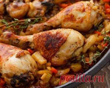 Жареные куриные голени с картофелем