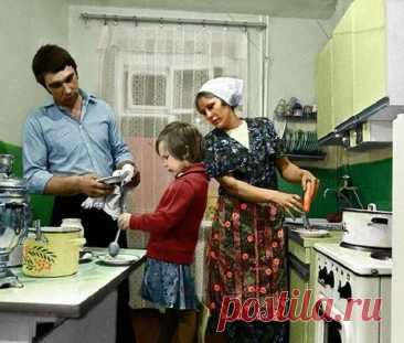Суровые штрафы за кухню – кого могут наказать, и почему больше рискуют жильцы старых квартир Когда-то давно сердцем дома считалась печка. Сейчас это звание передано кухне: на ней готовится теплый ужин, за столом собираются домочадцы,...