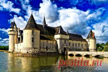 Плесси-Бурре, дворец придворного алхимика .Франция.