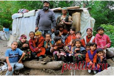 Цыганский детский лагерь Цыганский детский лагерь ждет ваших спиногрызов. Вы уже решили, как ребенок проведет летние каникулы? Есть хорошее предложение:)
