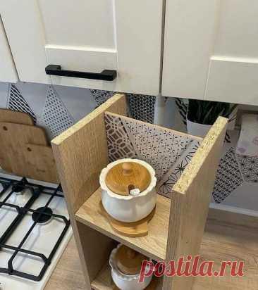 Затеял ремонт на очень маленькой кухне. Уместил технику и использовал подоконник. Показываю, что получилось! | SMALLFLAT.RU | Яндекс Дзен