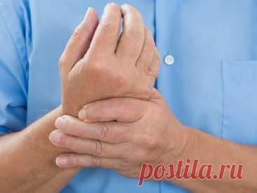 Почему немеют руки: 7 причин сходить к врачу - Образованная Сова