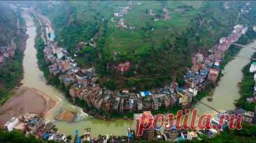 Самый узкий город мира, спрятавшийся в глубине Тибета