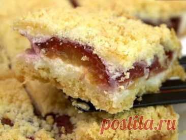 Насыпной творожный пирог со сливами «Сливовая королева» Вкусный и простой пирог со сливами и творогом. Рецепт насыпного творожного пирога со сливами в духовке «Сливовая королева».