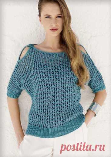Сетчатый пуловер спицами с открытыми плечами  Размеры: 42/44 (46/48).  Вам потребуется: 250 (300) г синей пряжи Cotofine Lena Grossa (70 % хлопка, 30 % полиамида, 90 м/50 г) и 100 (150) г синей пряжи Linarte Lana Grossa (40 % вискозы, 30 % хлопка, 20 % льна, 10 % полиамида, 125 м/ 50 г); спицы № 6 и № 7, крючок № 5, 2 пуговицы.  Резинка: попеременно 1 лиц., 1 изн.  Сетка: число п. кратно 4 + 3 + кром, 1-й p.: Linarte: кром., 2 лиц., * 1 накид, 1 двойная протяжка (2 п, снят...