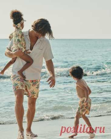 Тропические принты — верный способ поднять настроение и добавить акцент в гардероб! И да, их можно носить не только на пляже, но и в городе!😎Особенно, если моря пока нет в планах. #HMMan #HM