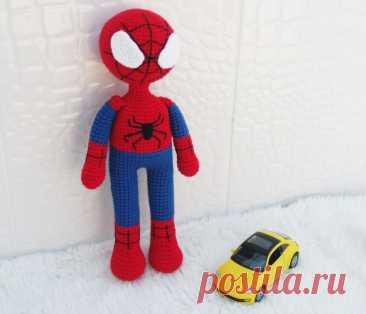Amigurumi Spiderman (Örümcek Adam) Yapımı - Çocukların en sevdiği çizgi film karakteri olan Spiderman yani Örümcek Adam'ı örmeye var mısınız?Detaylı anlatım ile kolayca örebileceksiniz.