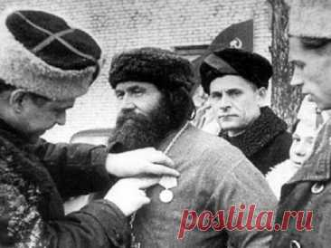 Неизвестные факты о священниках на войне: «Предал полицая анафеме» - МК