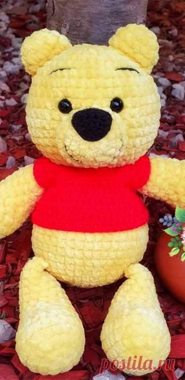 PDF Винни Пух крючком. FREE crochet pattern; Аmigurumi doll patterns. Амигуруми схемы и описания на русском. Вязаные игрушки и поделки своими руками #amimore - Винни Пух, Winnie the Pooh, медведь, зефирный медвежонок, плюшевый мишка.