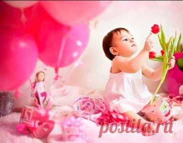 ПОДАРОК РЕБЕНКУ: Что подарить девочке на 1 год на день рождения?