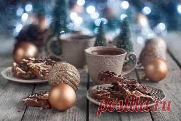 Супер-шоколадное печенье с грецкими орехами Сегодня я дежурная по печенькоклубу и хочу показать вам рецепт от anke_anke - я специально на этот раунд искала рецепт именно у неё, потому что её посты с рождественским календарём для меня много лет были приметой приближающихся праздников. Очень жаль, что она уже давно не пишет. В оригинале это…
