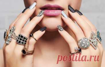 Маникюр с серебром 2021 серебряные ногти с полосками, блестками, серебряно-золотые-белые-черные