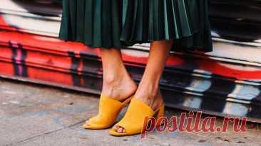 С какой обувью носить летние платья и сарафаны: 5 лучших вариантов Сарафаны и платья — лучший выбор для жаркого летнего сзеона. Их просто стилизовать, они легкие и комфортные. Для создания стильного образа не нужно прилагать много … Читай дальше на сайте. Жми подробнее ➡
