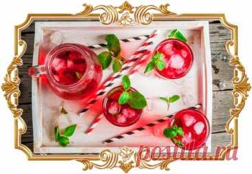 #Клюквенный #коктейль #с #водкой и #яблочным #соком (#рецепт 18+)  Два вида сока, ягоды и мята придают напитку свежий, по-настоящему летний аромат.  Время приготовления: Показать полностью...