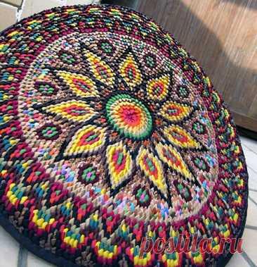 Замечательные коврики с орнаментами, созданные из лоскутов — Рукоделие