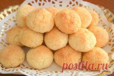 Кокосовое печенье – самый нежный десерт