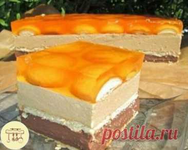 """Готовим великолепный десерт к любому торжеству!🥮 ТОРТ """"МАЛЕНЬКИЙ ПРИНЦ""""  - ВСЕ БУДУТ В ВОСТОРГЕ ОТ ТАКОГО ДЕСЕРТА. Великолепный шоколадно-кофейный торт без выпечки с желе. Легкий в приготовлении и поражает своим вкусом и внешним видом всех гостей Нам понадобится: Шоколадная начинка: -3 стакана молока -175 г сливочного масла -0,5 стакана сахара -1 ванильный сахар -2 пудинга шоколадных -3 столовые ложки муки -1 чайная ложка какао Кофейная начинка: -250 г сливочного масла или м"""