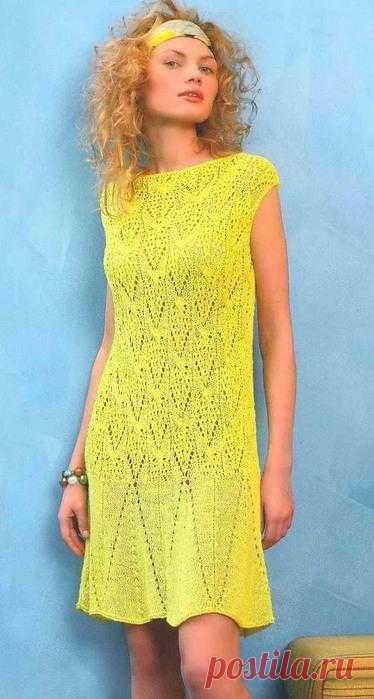 Ажурное платье с широкой каймой.