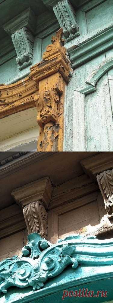 Вы знаете какой стиль архитектуры представлен на фотографии? Русские творцы хоть и жили в глубинках, но были искусствоведами в некоторой степени. Подражать камню в дереве - тонкое мастерство.