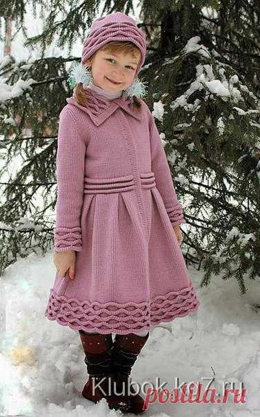 Пальто и шапочка для девочки