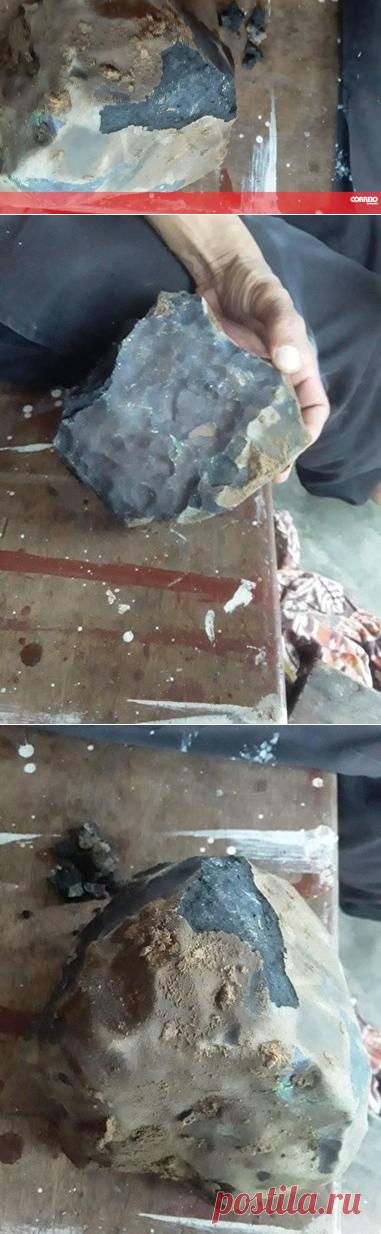 Homem torna-se milionário após meteorito lhe cair no telhado de casa - Insólitos - Correio da Manhã