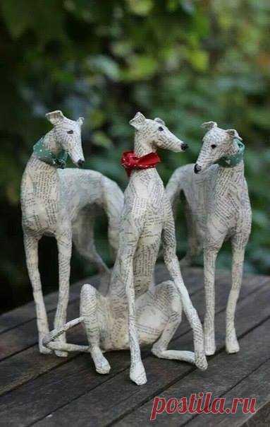 Газетные скульптуры Lorraine Corrigan.