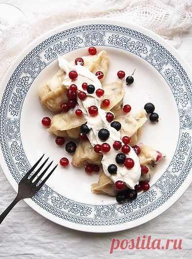 Вареники пышные с ягодами (на пару)! Нравится?! Ставим лайки! :)