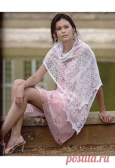 Большая коллекция шалей.