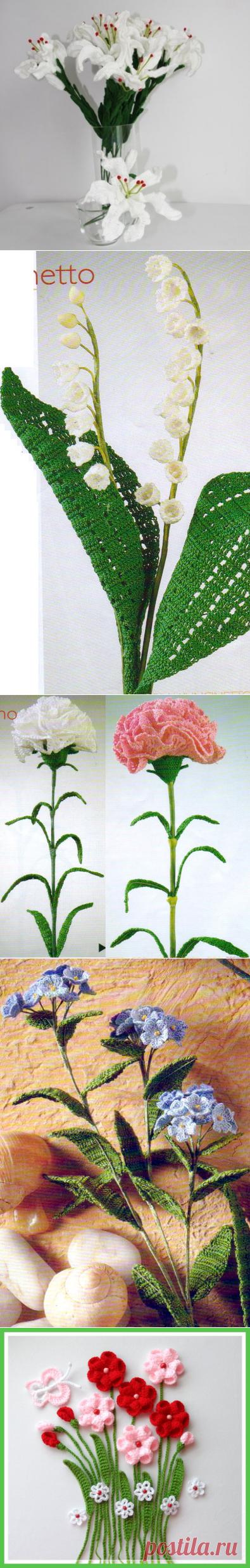 Нежные цветы, связанные крючком