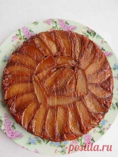 Карамельный кекс-перевертыш с грушами.