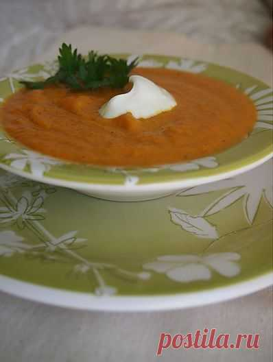 Морковный суп-пюре с кориандром!