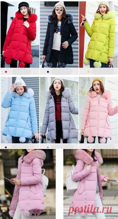 44f5826a4c66 Зимняя куртка-трапеция с меховыми помпонами и капюшоном (в наличии голубая  М) -