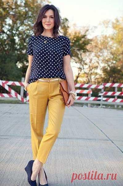 С чем носить укороченные брюки: обувь, верх, аксессуары | Стиль в 40 | Яндекс Дзен