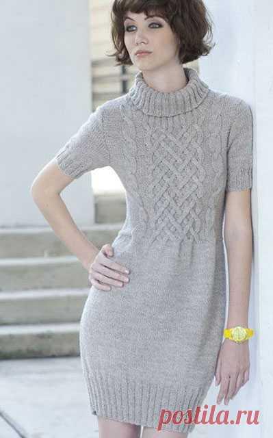 Платье-туника с плетеным узором спицами