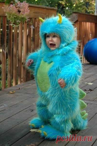 Ну, как не испугаться такого динозавра? Очень страшно ))