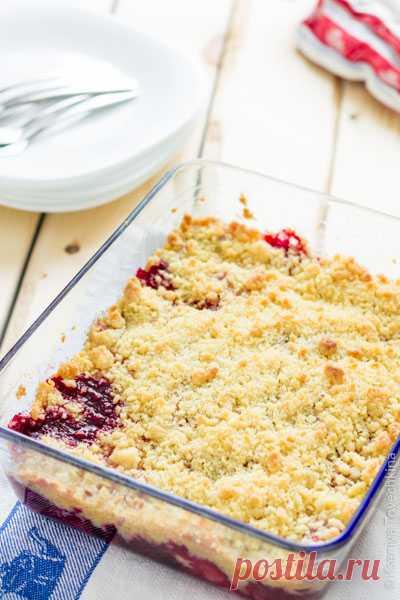 Быстрый десерт - крамбл из замороженных ягод - рецепт с фото - FoodForLife