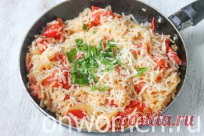 Макароны с помидорами и сыром на сковороде: рецепт с фото – всего 4 шага - Onwomen.ru