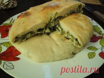 Осетинские пироги с листьями черемши и сыром : Выпечка несладкая