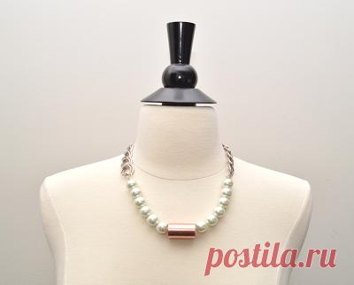 Красивое ожерелье из подручных  материалов
