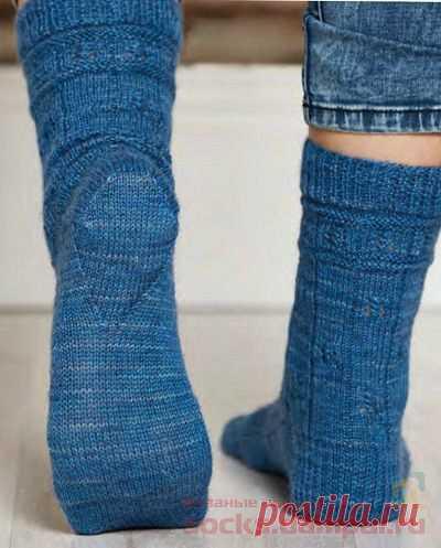 Вязаные носки «To The Lighthouse»