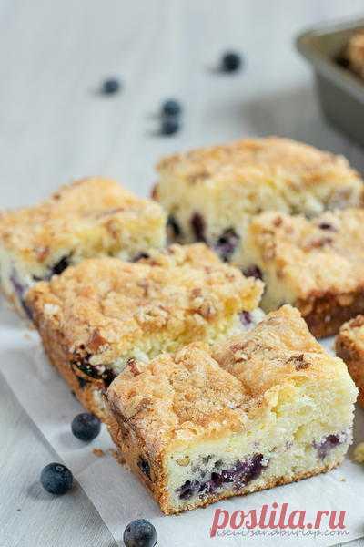Gâteau aux myrtilles et fromage à la crème | FaveSouthernRecipes.com