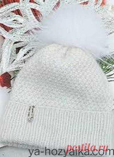 Модные шапки 2020-2021. Как связать шапку 2021 Шапка жемчужным узором от feya_hats. Шапочка получается очень лёгкой, но тёплой благодаря составу ниточек. Можно связать комплект, дополнить снудом и варежками.