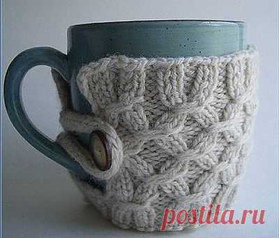 Hot-water bottle on a cup - an excellent New Year's gift! And there are a lot of beautiful ideas.
