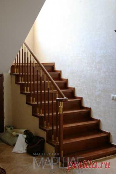 Изготовление лестниц, ограждений, перил Маршаг – Отделка деревом и комбинированные перила
