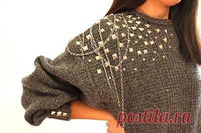 Плечико с цепочками и шипами / Свитер / Модный сайт о стильной переделке одежды и интерьера