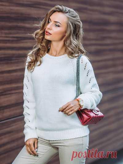 Стильные женские свитера DRESA